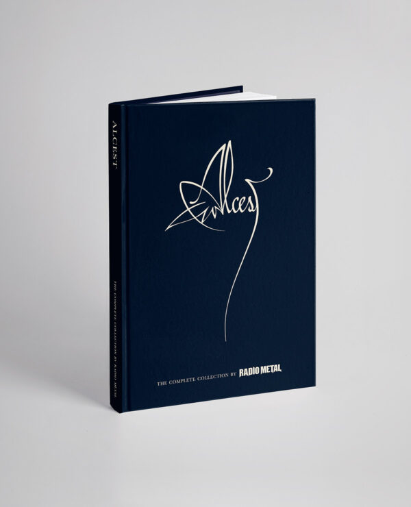"<span class=""collec""> Radio metal ÉDITIONS</span><span class=""modele""> Livre Officiel </span>Alcest: The complete Collection (ENG)"