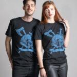 C'est un t-shirt noir femme et homme de la marque Radio Metal qui représente un viking avec une Hache et une épée